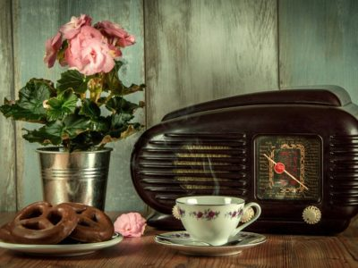 なぜ話すことに苦手意識がある私がラジオを始めたのか?